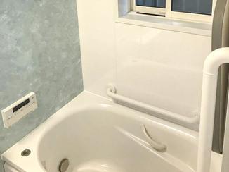 バスルームリフォーム 寒さとさよなら!断熱対策もしっかりした暖かな浴室・洗面