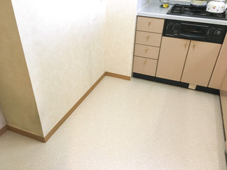 小工事 床を張り替えて清潔な水廻り空間に