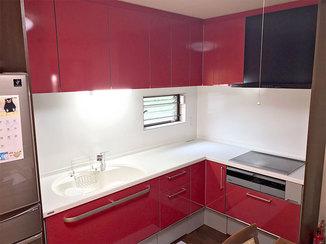 キッチンリフォーム カラフルな色を選びお部屋のイメージが明るくなったキッチン