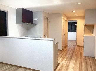 キッチンリフォーム 内装を一新!広くて使いやすいキッチン
