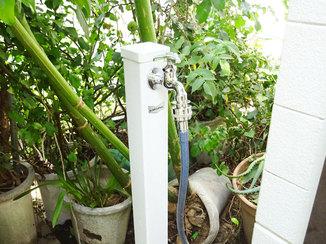 小工事 かがまずに快適に使える立水栓