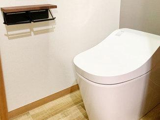 トイレリフォーム 洗浄機能が充実した、とびはね汚れを抑えるトイレ
