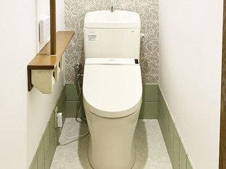 トイレリフォーム アクセントクロスで空間に奥行きが出て、お掃除もしやすくなったトイレ