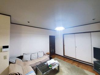内装リフォーム 新しい壁紙で新築のようにきれいな洋室